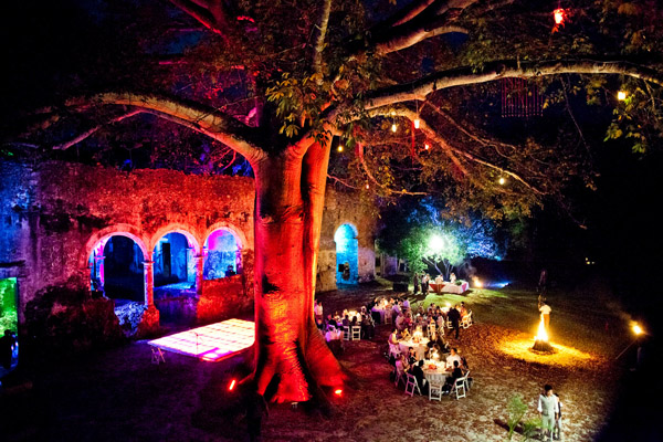 Ben and Erin Chrisman's destination wedding at Hacienda Uayamon in Campeche, Mexico, photography by Twin Lens Images