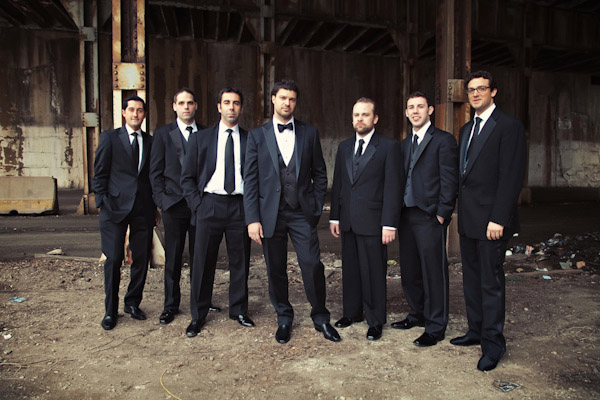 classically composed and beautiful wedding group photo by Jared Wilson Photography