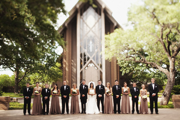 classically composed and beautiful wedding group photo by Ryan Ray Photography
