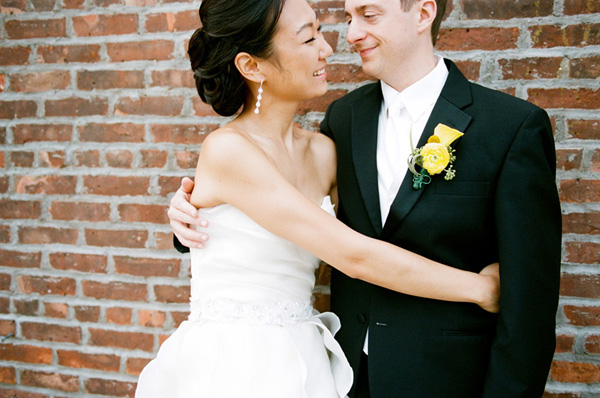 fun and modern Brooklyn wedding at The Liberty Warehouse, photos by Michael Ash Imagery