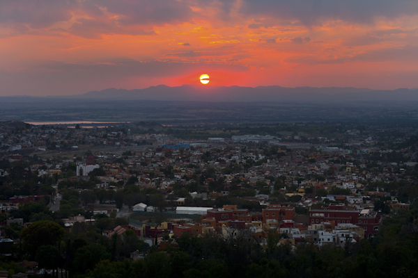 gorgeous sunset photo of San Miguel, Mexico - photo by top California wedding photographer Brett Butterstein