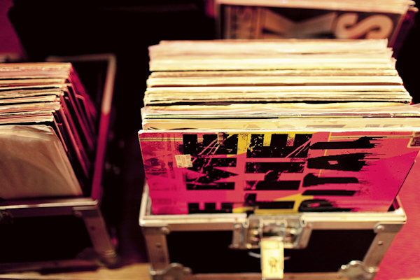 detail shot vinyl records - hip, modern Jewish wedding at the Ravenswood Event Center in Chicago - photos by Studio 6.23