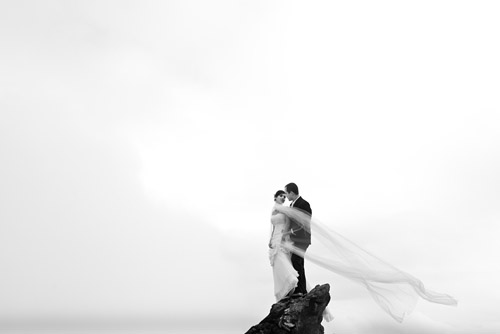 beautiful wedding portrait - honorable mention from the Junebug Best of the Best 2011, photo by Vinicius Matos