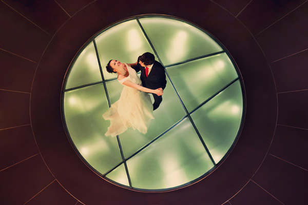 honorable mention best wedding reception photo of 2011 by Pablo Lopez Ortiz