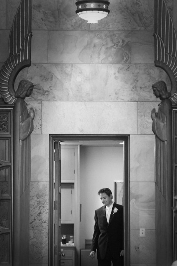 black and white wedding photo at Christ the King Catholic Church in Highland Park, Texas, fine art wedding photo by top Dallas based photographer Paul Ernest