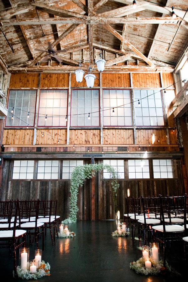 industrial motif Seattle wedding, Herban Feast Sodo Park - photos by Laurel McConnell