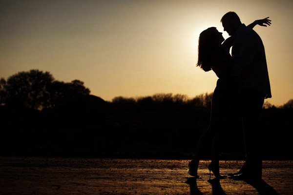wedding silhouette photo by Kathryn Krueger Photography