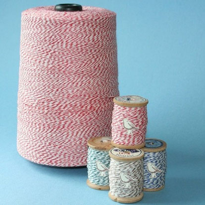 Baker's twine on vintage spools from Birdhaven on Etsy.com, easy wedding favor decoration