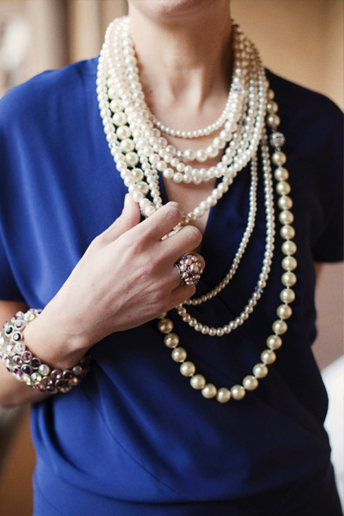 layered pearl necklace wedding inspiration, image by Stephanie Williams