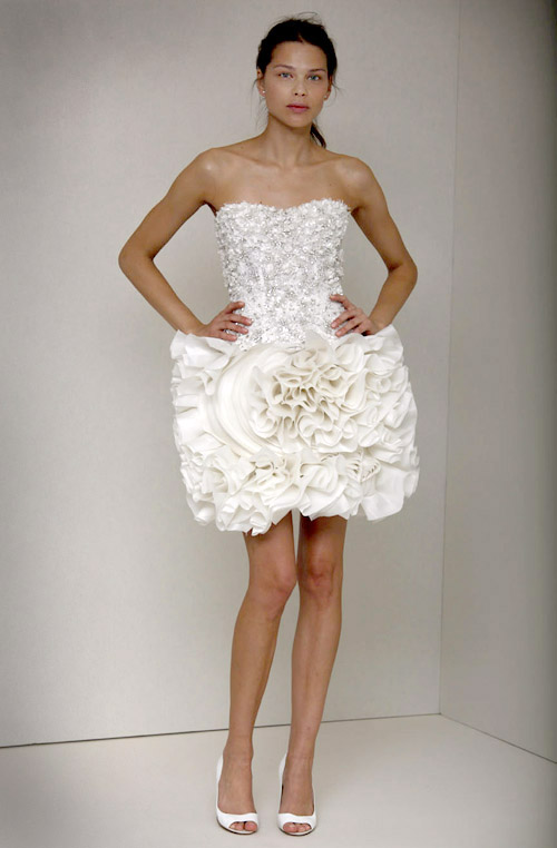 short wedding dress from Monique Lhuillier, spring 2011 runway