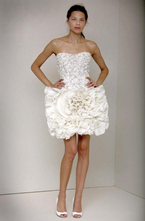 short wedding dress from Monique Lhuillier, spring 2011 runway