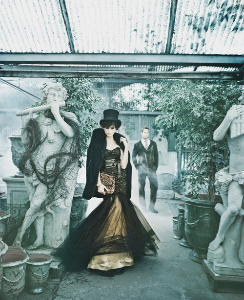 dark, mysterious, gothic wedding fashion, floral and decor inspiration, photo shoot by Joan Allen, Merryl Brown Events and Camilla Svensson Burns