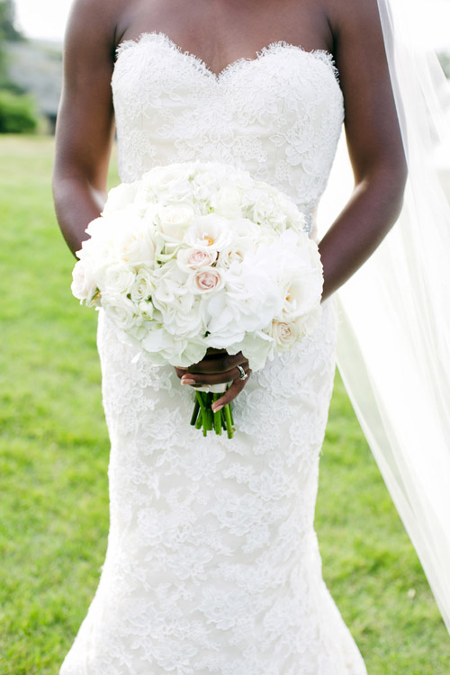 elegant Newport, Rhode Island wedding photographed by Mikhail Glabets Photography | via junebugweddings.com