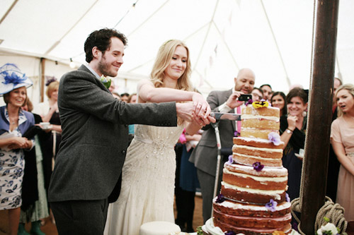 Pretty English Country Barn Wedding Junebug Weddings
