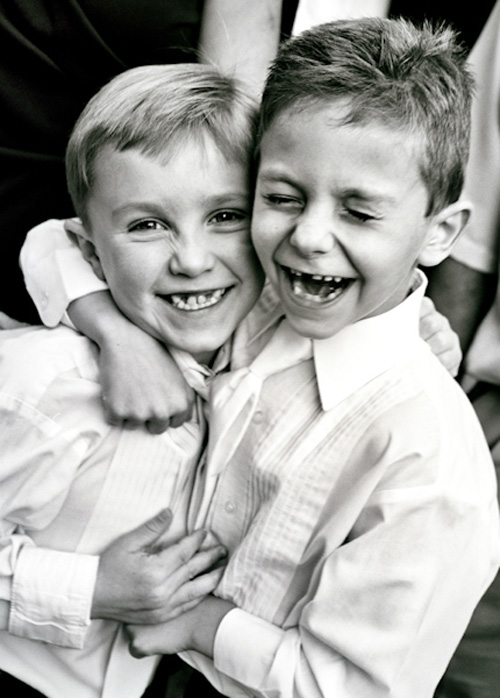 joyful wedding photos of family, friends, and love by Cheri Pearl Photography | junebugweddings.com