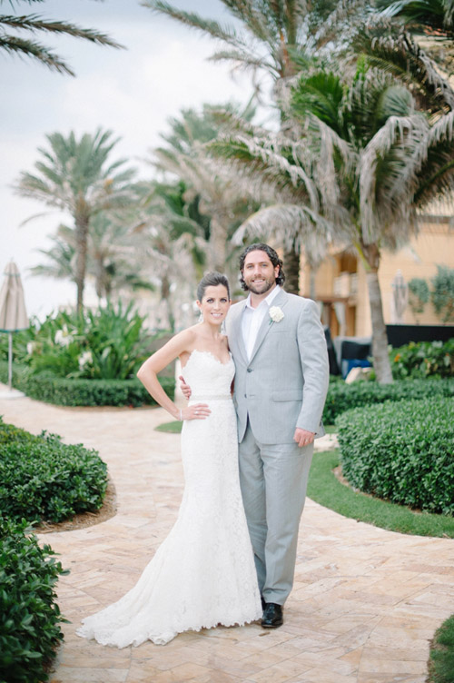 the layers of white and cream against the tropical palm beach backdrop in todays wedding captured by shea christine photography is sure to make your heart
