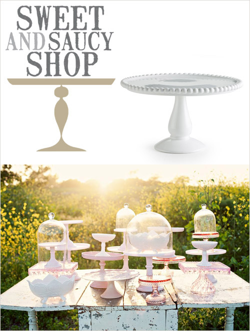 Cake stand from Sweet and Saucy Supply in the junebugweddings.com Holiday Wedding Décor Giveaway! | junebugweddings.com