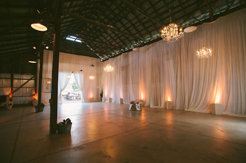 modern barn wedding at ojai vally inn and spa