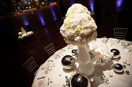 modern gold and silver wedding color ideas, photos by Krakora Studios