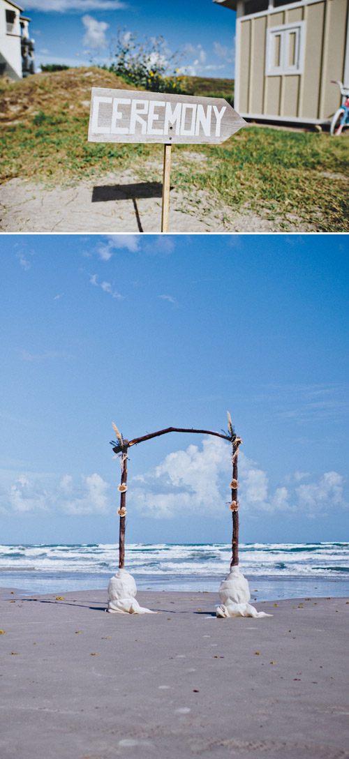 Port Aransas Texas Beach Wedding With Driftwood And Wooden Flower Decor Photos By Joseph
