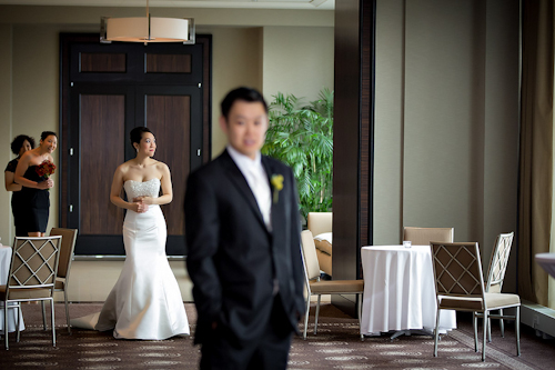 /img/whatjunebugloves/january2012/trump-international-hotel-and-tower-chicago-wedding-wasio-photography-14.jpg | junebugweddings.com