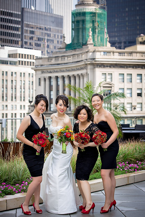 /img/whatjunebugloves/january2012/trump-international-hotel-and-tower-chicago-wedding-wasio-photography-20.jpg | junebugweddings.com