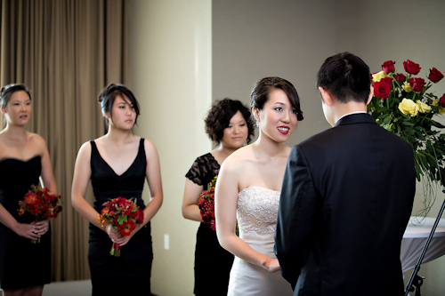 /img/whatjunebugloves/january2012/trump-international-hotel-and-tower-chicago-wedding-wasio-photography-26.jpg | junebugweddings.com