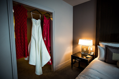 /img/whatjunebugloves/january2012/trump-international-hotel-and-tower-chicago-wedding-wasio-photography-5.jpg | junebugweddings.com