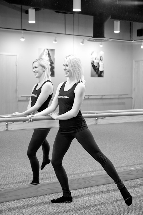 Pure Barre exercise - Targets outer seat and thigh | junebugweddings.com