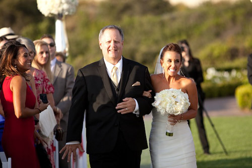glamorous black, white and gold wedding at The resort at Pelican Hill, photo by APictureLife Photography | junebugweddings.com