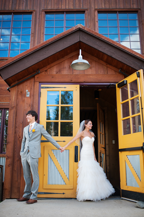 Breckenridge Colorado wedding, photos by Kira Horvath Photography | junebugweddings.com