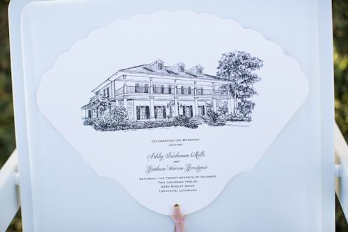 Elegant wedding at Louisiana Private Estate with photos by Courtney Dellafiora | junebugweddings.com
