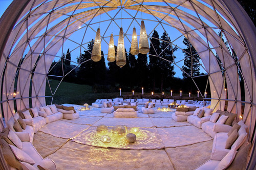 Extraordinary Wedding Tents And Decor By Gypset Junebug Weddings Gorgeous Decor Event Design