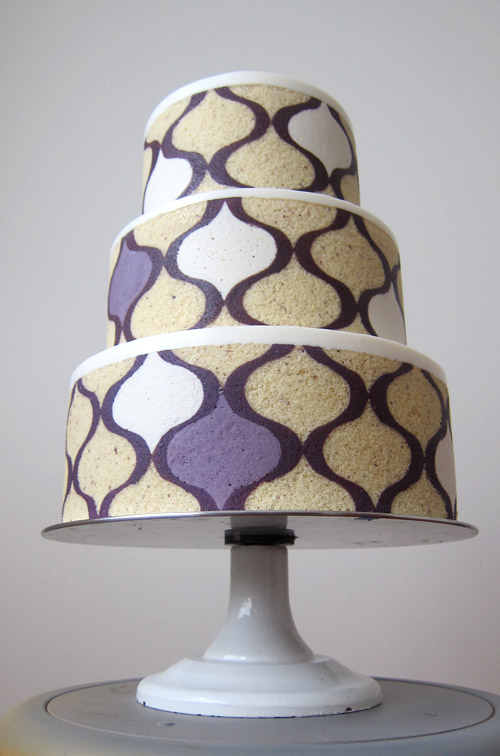 Modern Wedding Cakes by MRobin Cake Design Junebug Weddings