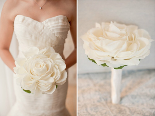 Modern white composite rose bouquet from Nancy Liu Chin, Photos by Scott Andrew | junebugweddings.com