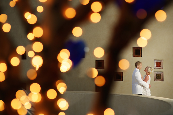 gold and white wedding and rehearsal dinner at Capella Pedregal Resort in Cabo San Lucas, photos by Chris Plus Lynn | via junebugweddings.com