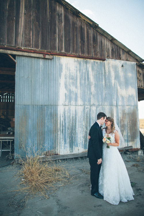 rustic cream and burlap California ranch wedding - photo by Kate Miller Photography | via junebugweddings.com
