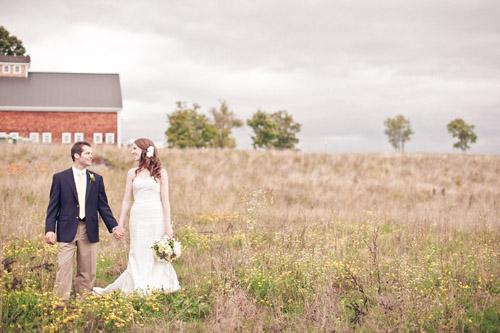 Rustic outdoor New Hampshire barn wedding - photo by Emily Delamater Photography | via junebugweddings.com