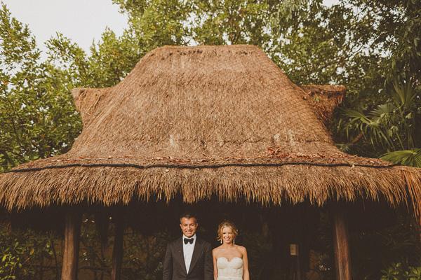 wedding at Fairmont Mayakoba Hotel in Playa Del Carmen, Mexico, photo by Ed Peers | via junebugweddings.com