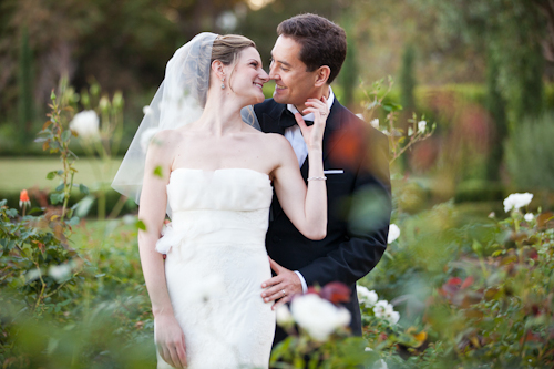 romantic wedding at Villa Sevillano with photos by Melissa Musgrove Photography | junebugweddings.com
