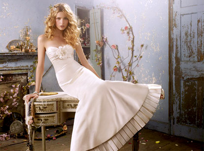 Strapless wedding dress from Alvina Valenta