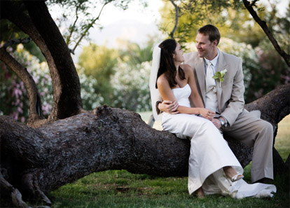 Tuscan, Arizona outdoor wedding, Tuscan Country Club, images by Roberto Valenzuela Photography