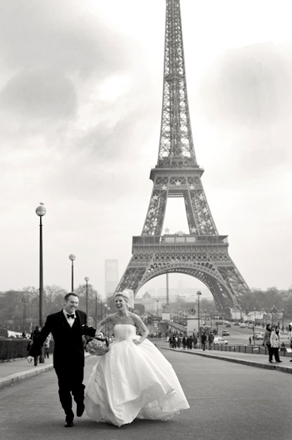 New Year's Eve elopement wedding in Paris, France, The Eiffel Tower, Amy and Stuart Photography