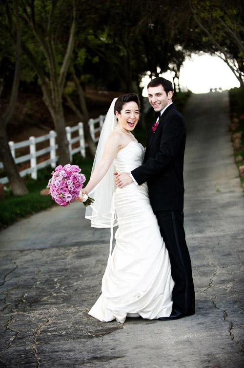 elegant wedding at Saddlerock Ranch in Malibu, California, photos by Next Exit Photography/Cat Benner