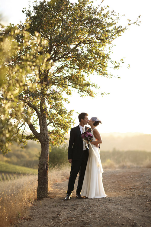 modern and vintage vineyard wedding at Lancaster Estate in Sonoma, California, wedding photos by Michéle Waite