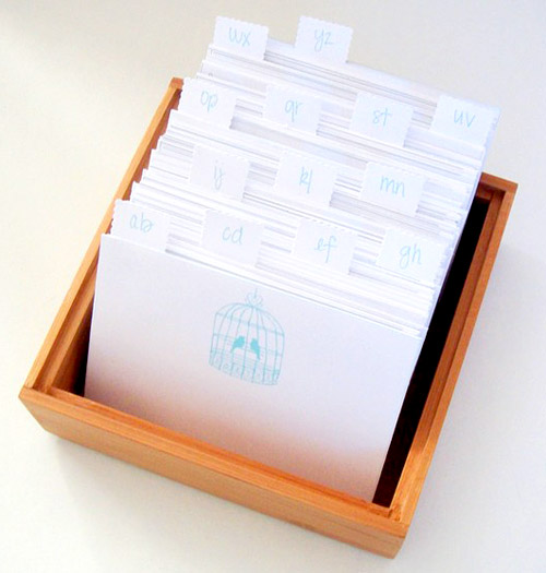 Alternative Wedding Guest Book Ideas: Modern Wedding Guest Books Alternatives
