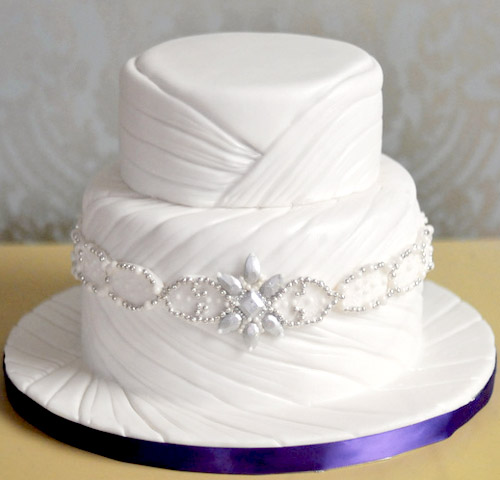 amazing fashion inspired jeweled wedding cake from Lori Hutchinson of Toronto's The Caketress