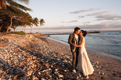 maui, hawaii destination real wedding photos by Derek Wong Photography