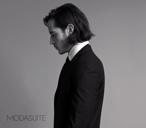 Modern men's wedding suits and tuxedos from Modasuite