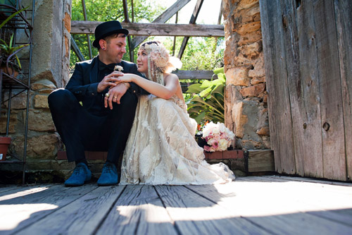 pink, black and white funky and fun vintage wedding style, images by Solar Photographers